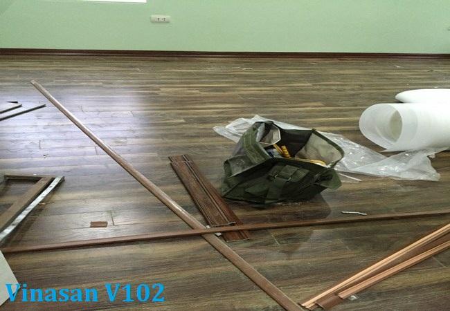 san go, san go cong nghiep, Sàn gỗ Vinasan V102